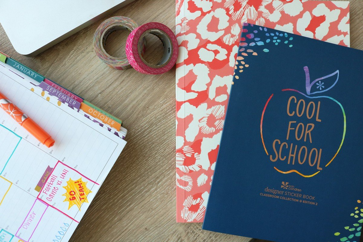 15 Things To Put In Your College Planner | College Tips | Hayle Olson | www.haylesantella.com