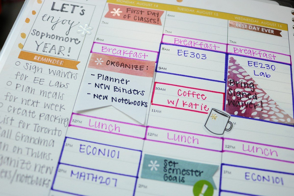 How To Organize Your Student Planner | College Tips | Hayle Olson | www.haylesantella.com